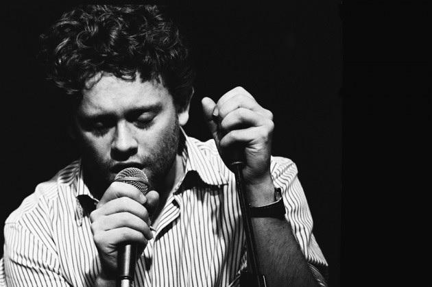 Benny Sings. Photo by Jurrien Wouterse.