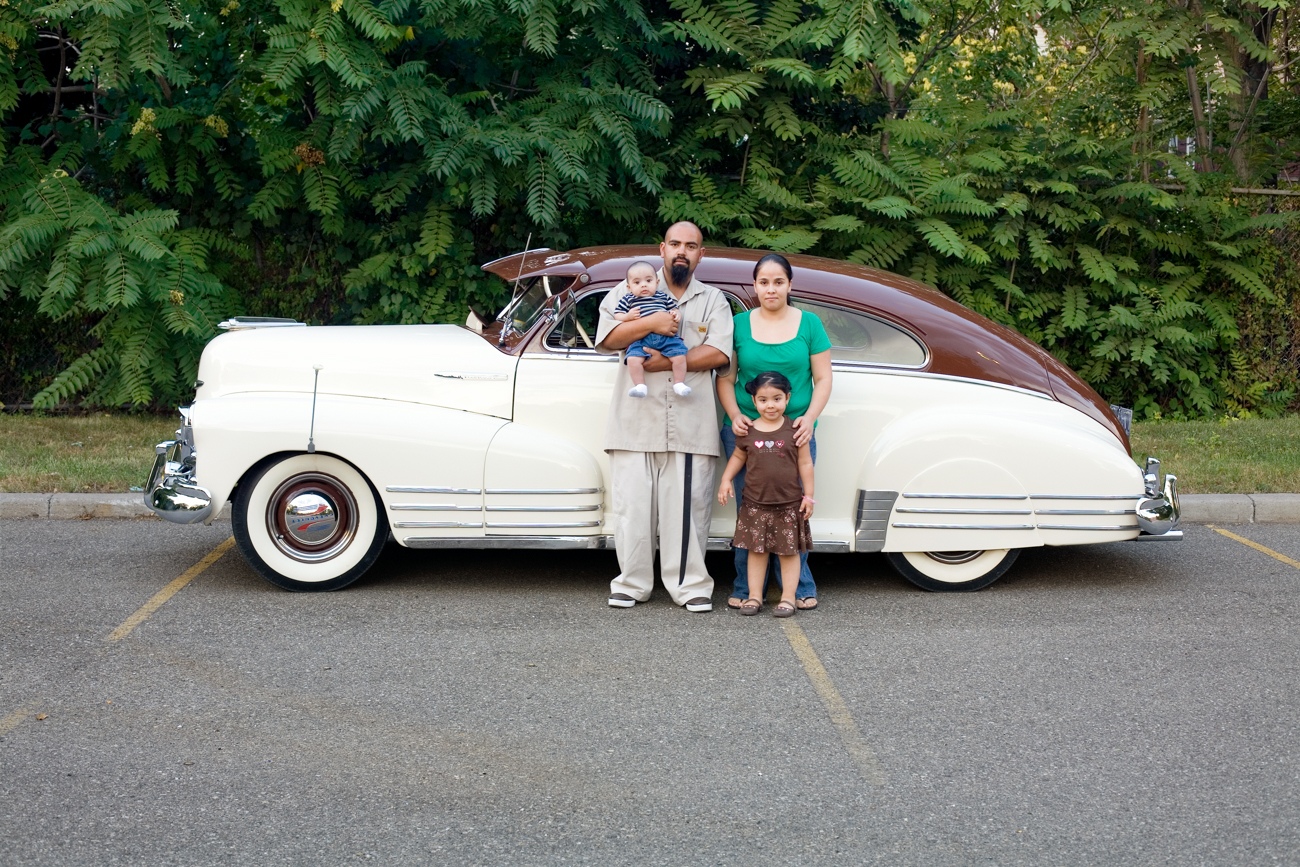 Corine Vermeulen, Diaz family and their '48 Chevrolet Fleetline, 2008 ©