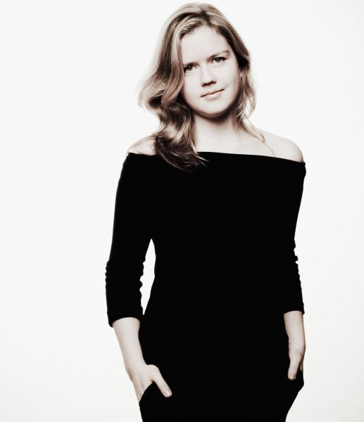 Helen Basilova - Courtesy of Marco Borggreve